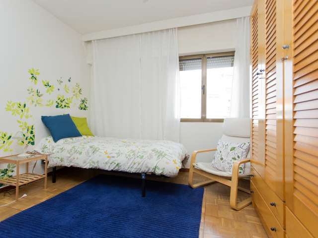 Habitación decorada en apartamento en Pozuelo de Alarcón, Madrid