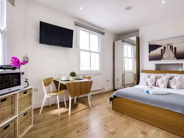Studio apartment for rent in West Brompton, London