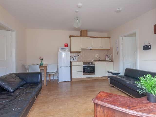 Bright 2-bedroom apartment to rent in Drumcondra, Dublin