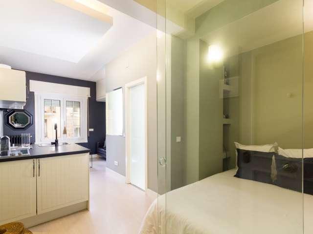 Studio apartment with AC for rent in Salamanca, Madrid
