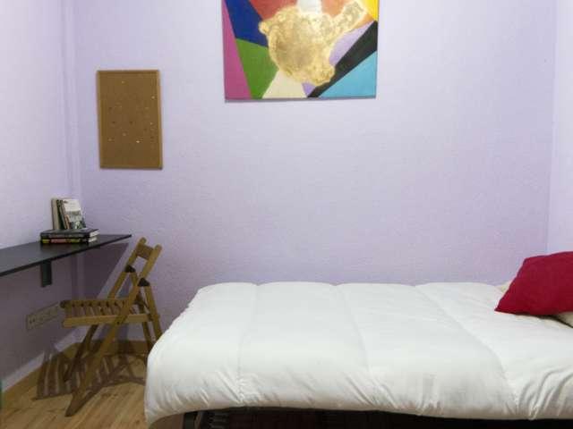 Zimmer zu vermieten 3-Zimmer-Wohnung in La Latina, Madrid
