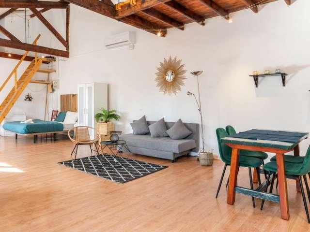 Lovely studio apartment for rent in Poblenou, Barcelona
