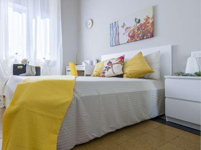 Dolce stanza in affitto, appartamento con 5 camere da letto, Isola, Milano