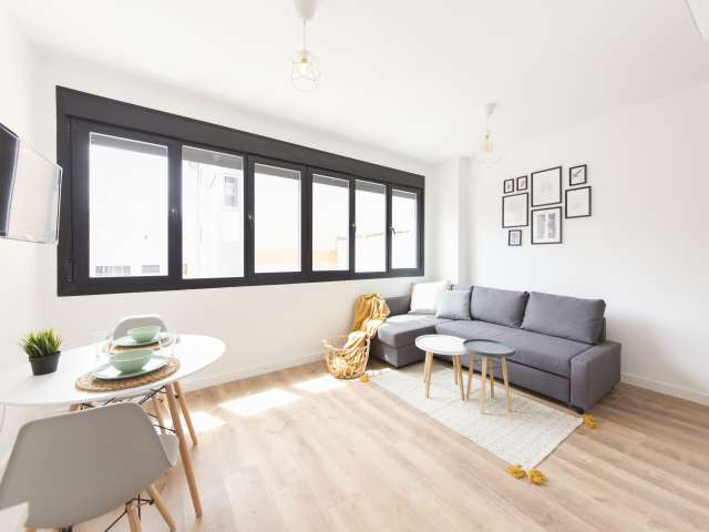 Sleek studio apartment for rent in Tetuán, Madrid
