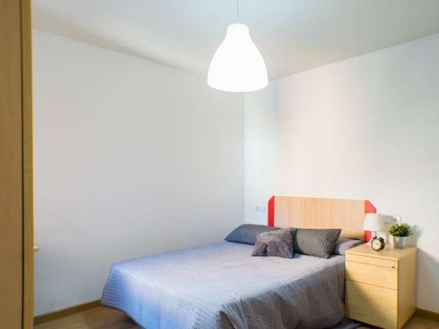 Chambre à louer, appartement à 4 lits, relaxe Rios Rosas, Madrid