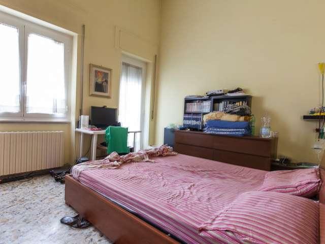 Stanza doppia in appartamento condiviso, San Giovanni, Roma