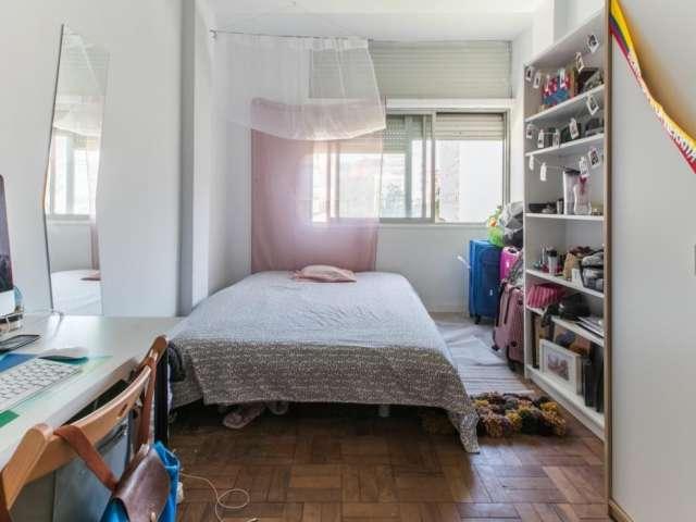 Quarto mobilado, apartamento de 6 quartos, Campo de Ouri, Lisboa