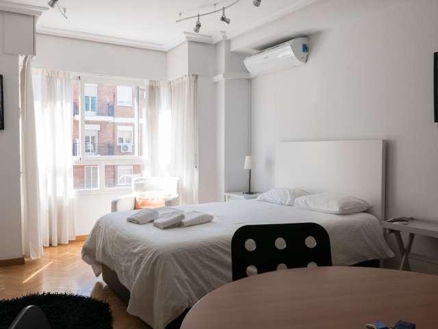 Acogedor estudio en alquiler en Carabanchel, Madrid.