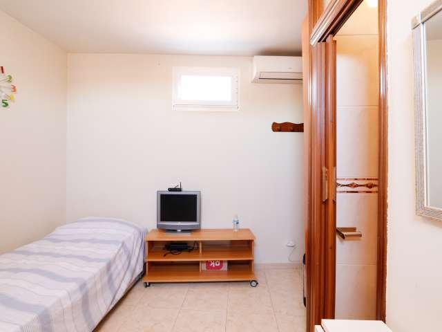 Gepflegtes Studio-Apartment zu vermieten in La Latina, Madrid