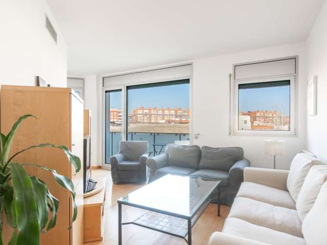 Light 2-bedroom apartment for rent in Poblenou, Barcelona
