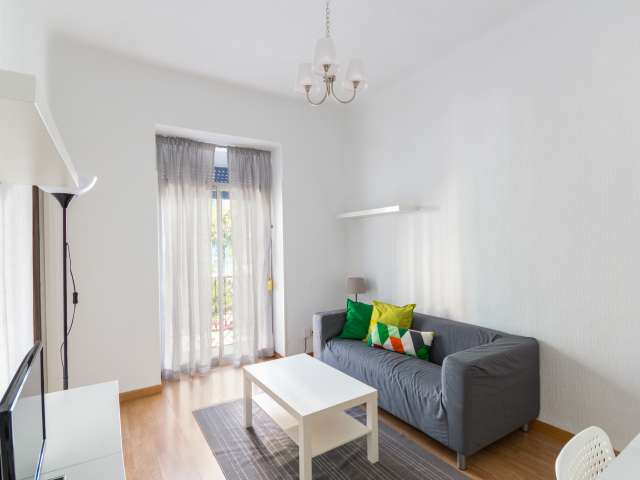 Helle 2-Zimmer-Wohnung zur Miete in Atocha, Madrid