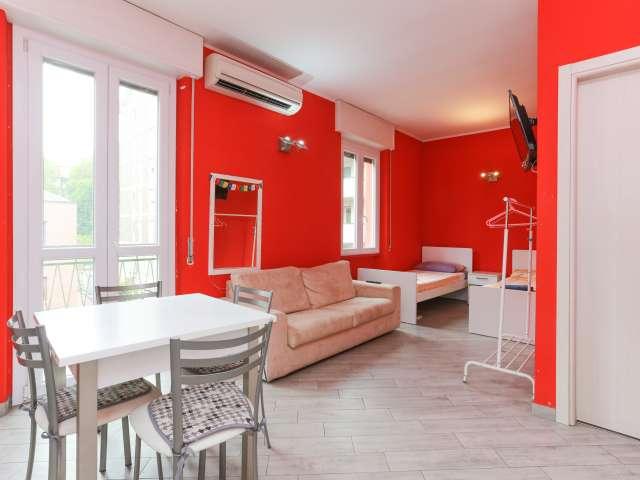 Bold monolocale in affitto a Tibaldi, Milano
