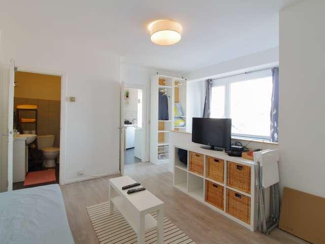 Studio apartment for rent in Stalingrad, Brussels