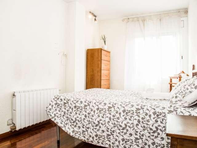Luminous room in shared apartment in Sant Andreu, Barcelona