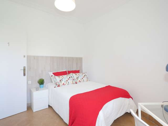 Bright room for rent in El Clot, Barcelona