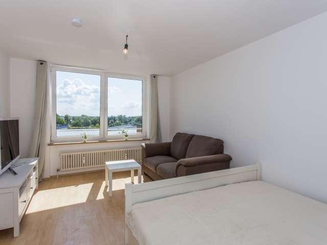 Ruhiges Studio-Apartment zum Mieten in Schönefeld, Berlin