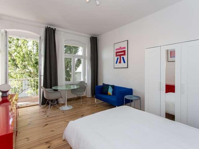 Studio-Apartment zu vermieten in Weissensee, Berlin