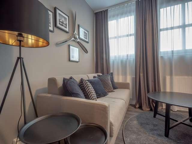 Noble Wohnung mit 1 Schlafzimmer zu vermieten, Treptow-Köpenick