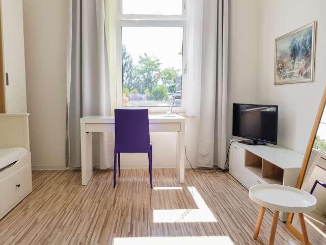Schönes Zimmer zu vermieten in Treptow, Berlin