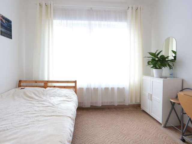 Bright studio apartment for rent in Koekelberg, Brussels