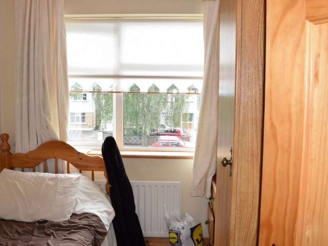 Intimate room in shared apartment in Clonsilla, Dublin