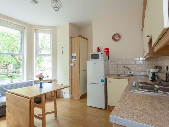 Functional 2-bedroom apartment to rent in Drumcondra, Dublin