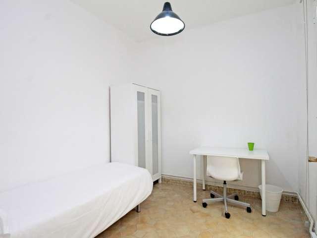 Einladendes Zimmer, 8-Zimmer-Wohnung, Barri Gòtic, Barcelona