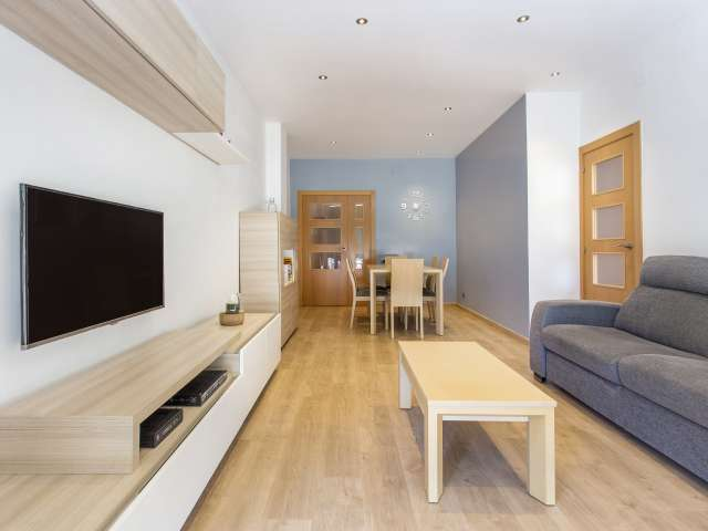 Bright 4-bedroom apartment for rent in Poblenou, Barcelona