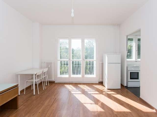 Studio-Apartment zu vermieten in Mariendorf, Berlin