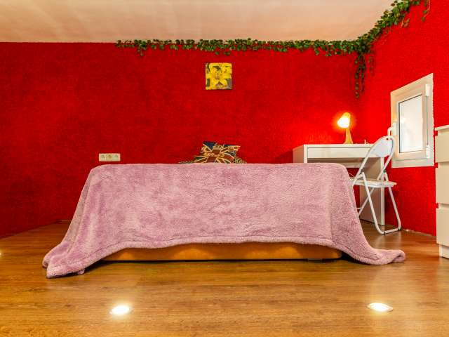 Room for rent in great apartment in L'Esquerra de l'Eixample