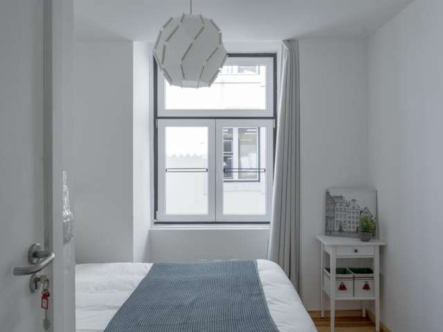 Room in shared apartment in Lisboa