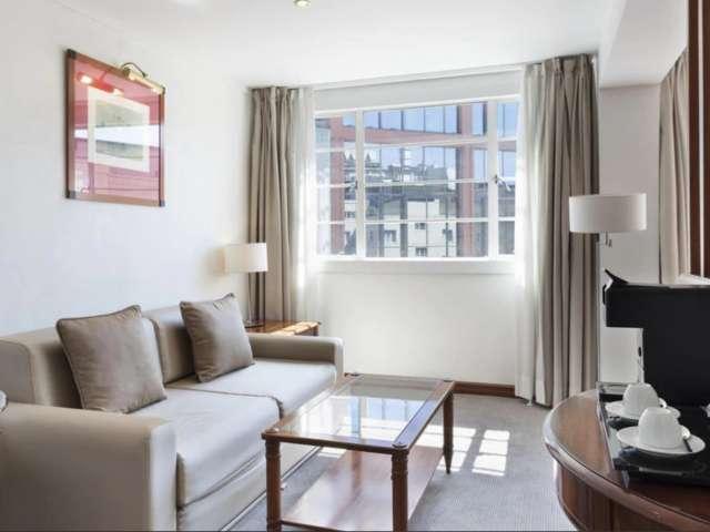 Serviced Studio Apartment Executive in Regents Park, London