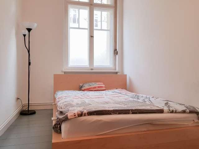 Zimmer in 2-Zimmer-Wohnung in Mitte