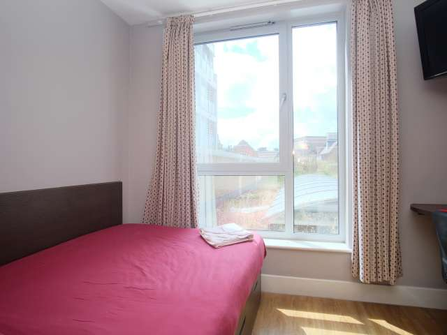 Studio flat to rent in  large residence in Camden, London