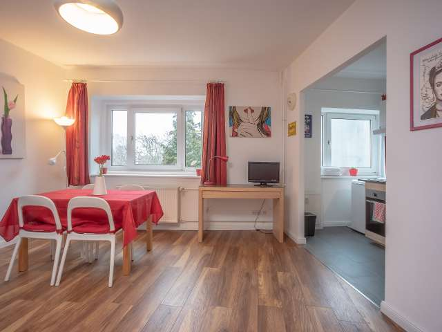 Studio-Wohnung zur Miete in Charlottenburg, Berlin