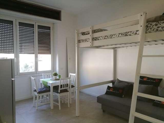 Studio apartment for rent in Rovereto, Milan