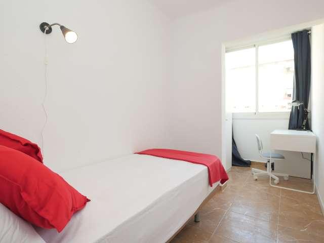 Well-lit room in 6-bedroom apartment in Poblenou, Barcelona