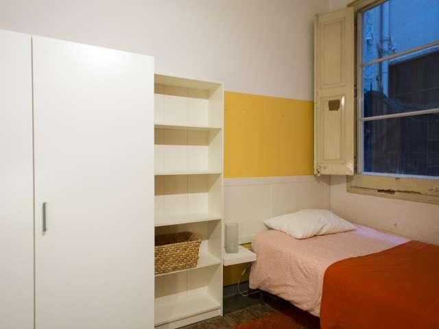 Einzelzimmer zu vermieten in Eixample Dreta, Barcelona