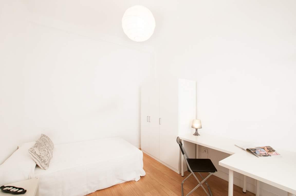 Bedroom Dani