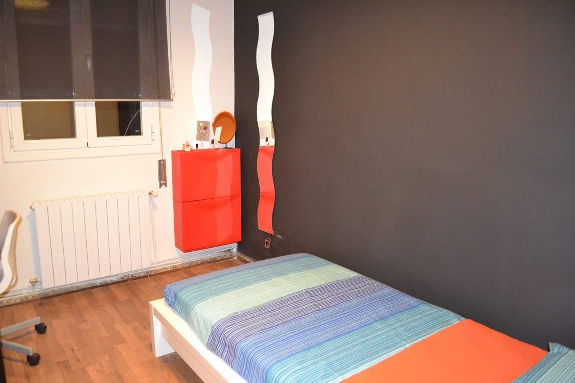 Bedroom 4 - Single Bed 80506
