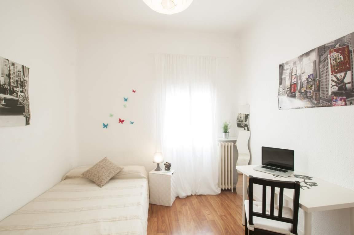 Bedroom Bea