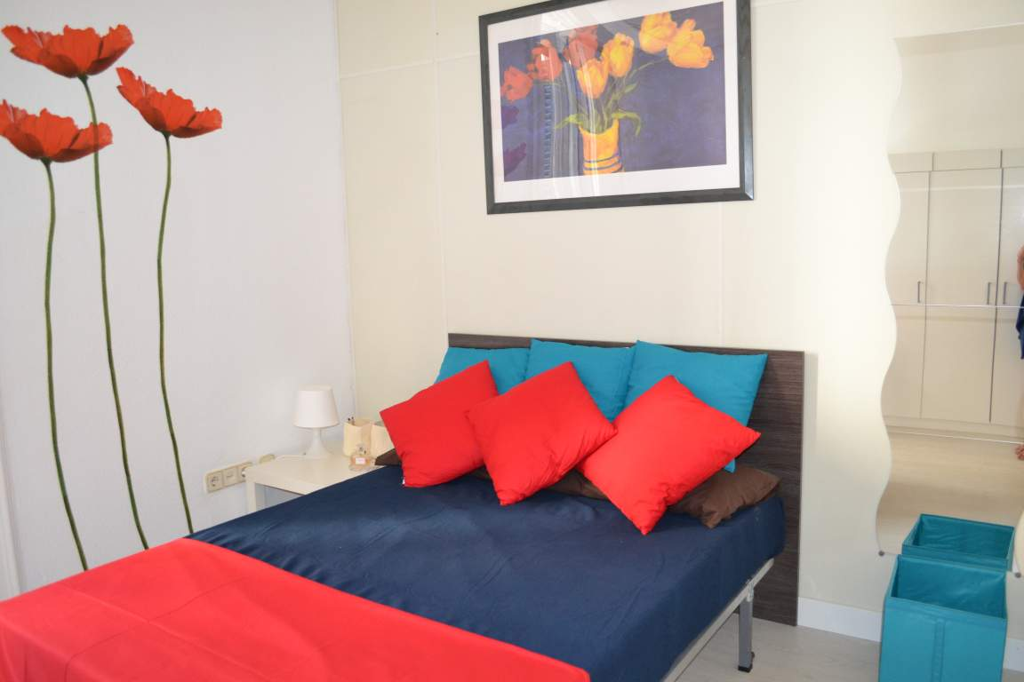 Room 2 double bed 80563