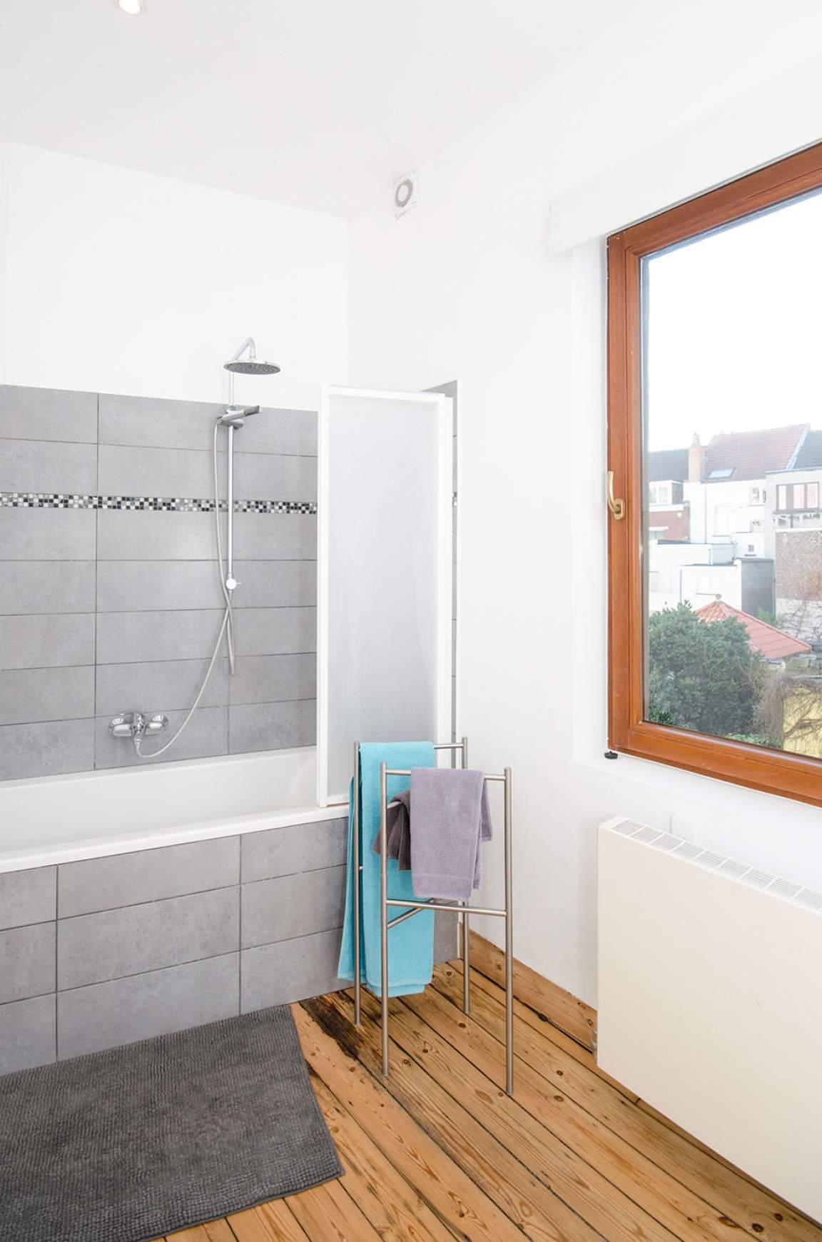 Bathroom rooms 4 - 5 - 6