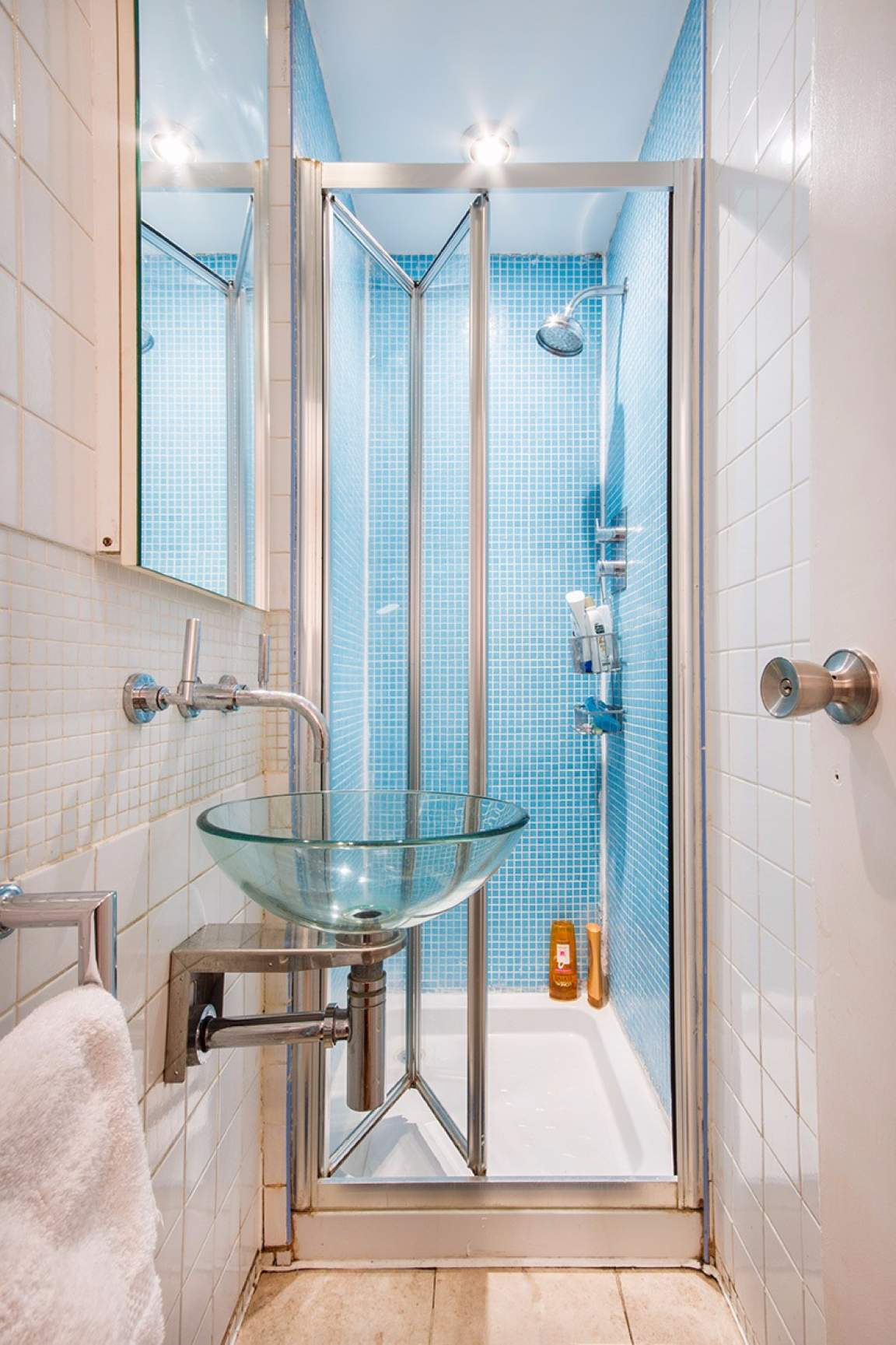 Ensuite Bathroom Room B