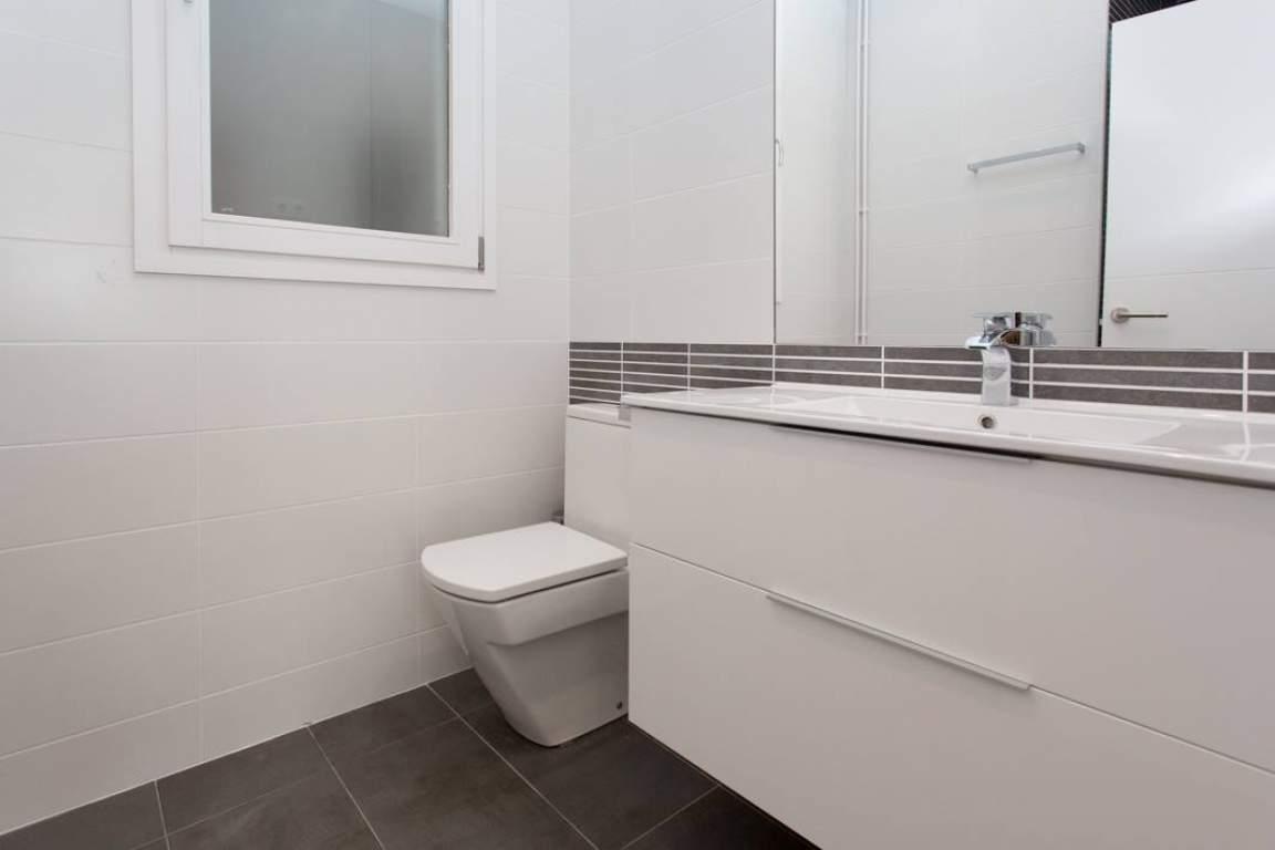Bathroom Sidney Lux