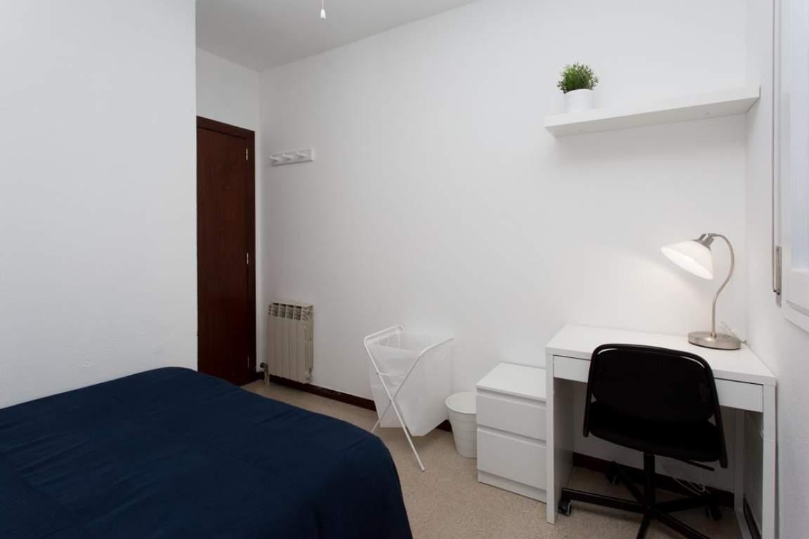 Bedroom Barcelona Comfort 3
