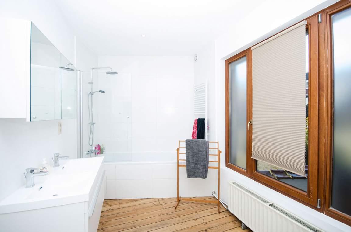 Bathroom rooms 1 - 2 - 3