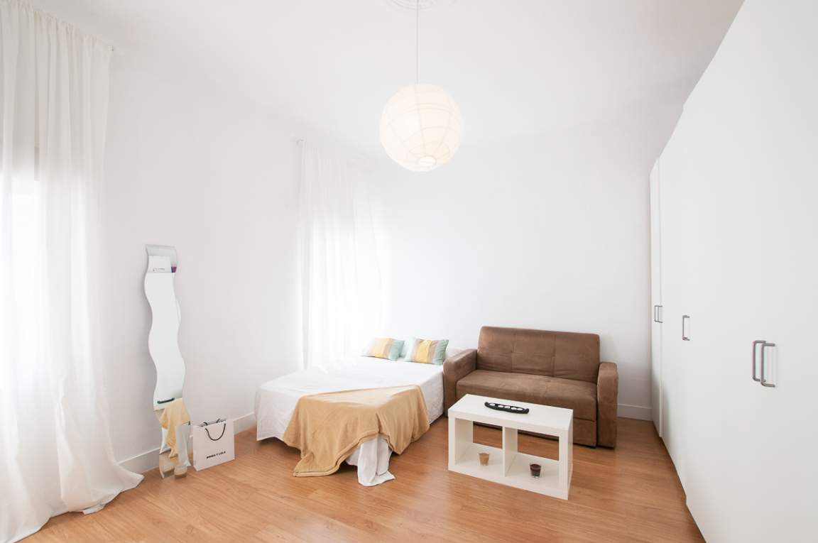 Bedroom Elena