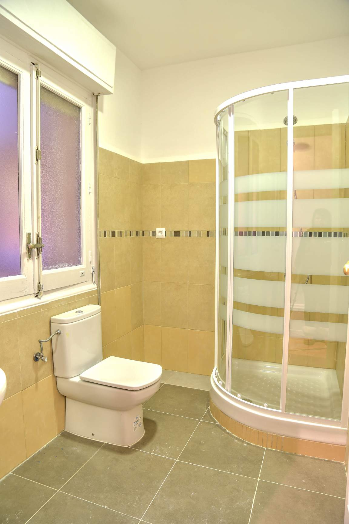 Small Bathroom 2