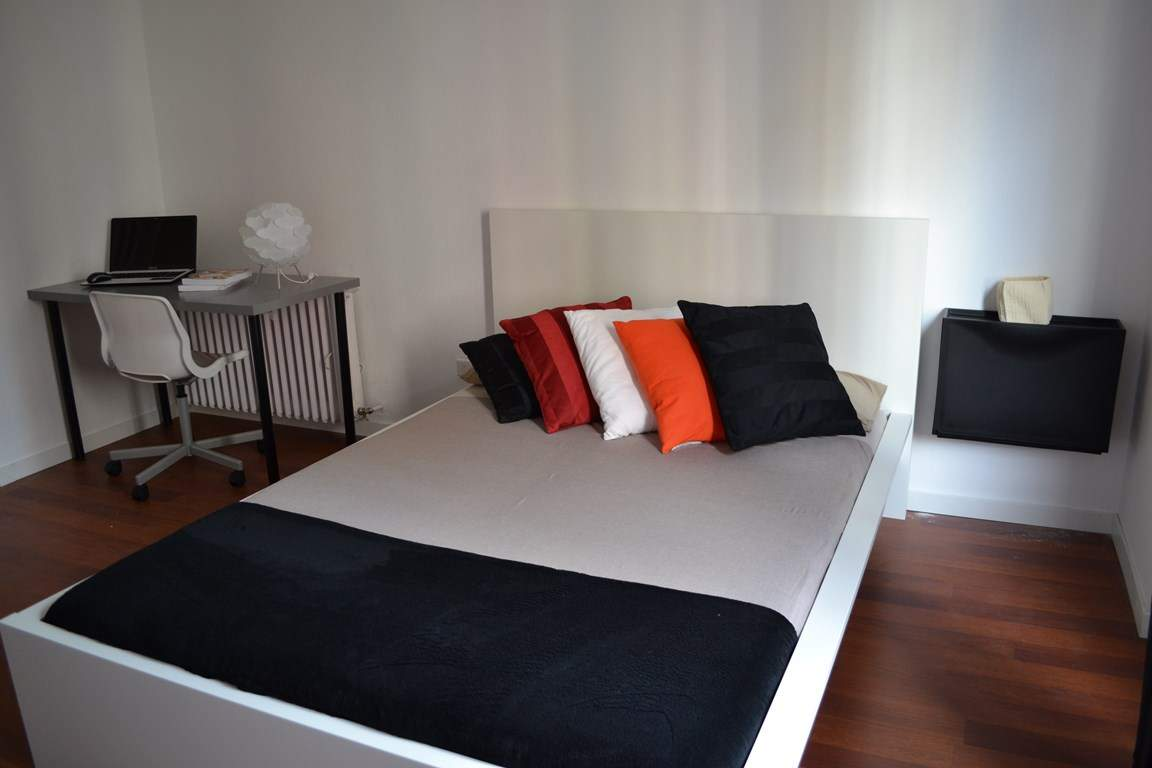 Room 2 double bed 80602
